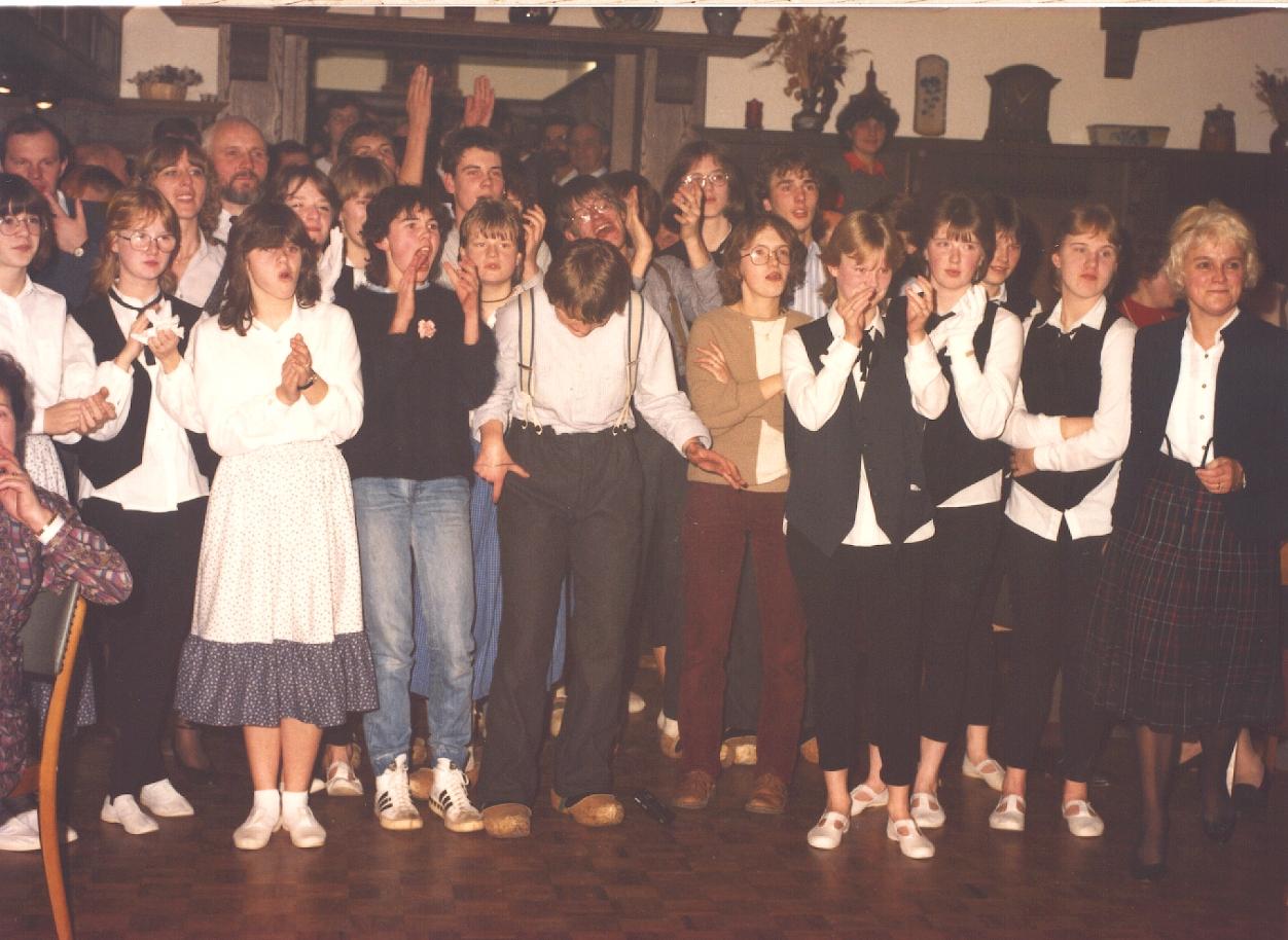 1. Jugendvolkstanzgruppe 1984 – Fest 825 Jahre Cappeln