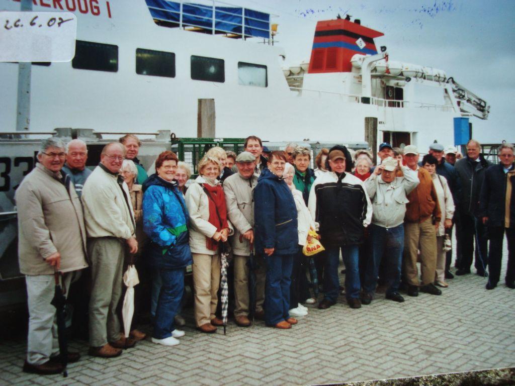 Teilnehmer der 100. Jubiläumstour nach Spiekeroog am 26.6.2007| Foto August Ovelgönne
