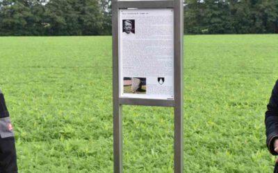 Heimatverein stellt Bankgruppe auf und enthüllt Gedenkstele in Schwichteler